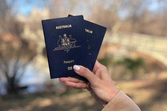 صدور و تمدید گذرنامه در سفارت ایران در استرالیا